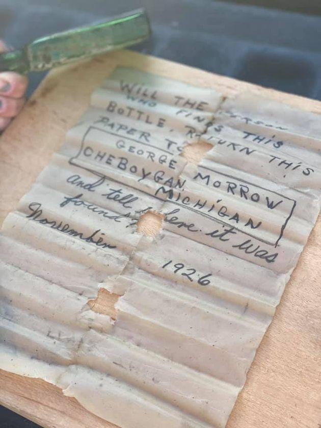 Le message datant de 1926 retrouvé au Michigan par Jennifer