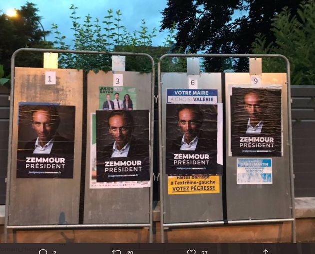 Des affiches