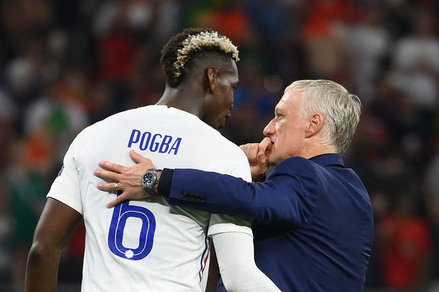 Paul Pogba et Didier Deschamps, ici face au Portugal au premier tour de l'Euro, n'ont pas le droit à...