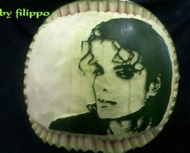 Ο Μάικλ Τζάκσον σκαλισμένος σε καρπούζι δια χειρός του σεφ Φίλιππου Σαρίδη