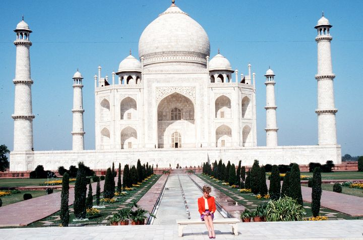 The Princess of Wales shows her loneliness as she poses alone at the Taj Mahal on February 11, 1992 during her visit to Agra,