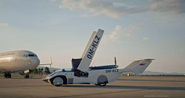 Ιπτάμενο αυτοκίνητο ολοκληρώνει με επιτυχία δοκιμαστική