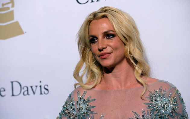Britney Spears sur le tapis rouge de la cérémonie des Grammy Awards le 11 février...