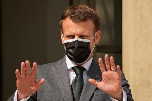 Emmanuel Macron, ici avant un entretien diplomatique à l'Elysée le 1er juillet, est la...