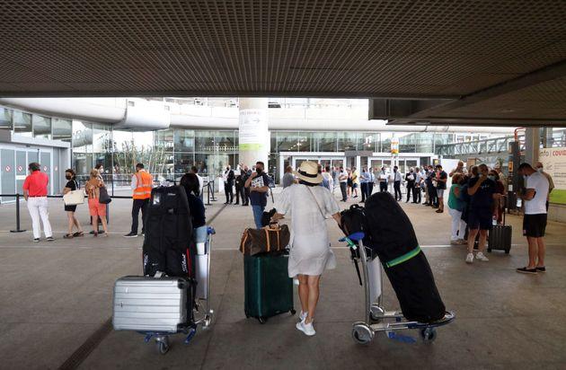 Turistas en el Aeropuerto Costa del Sol de Málaga, el pasado 1 de