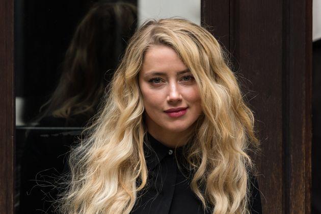 Amber Heard, ici en juillet 2020 lors d'une audience du procès contre Johnny Depp, a annoncé...