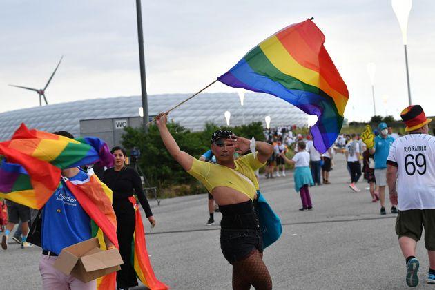 La question de l'affichage des couleurs LGBT en marge de l'Euro 2020 de football ne cesse de faire polémique...