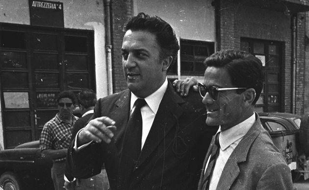 Federico Fellini insieme a Pier Paolo Pasolini, Roma 1961. (Photo by Archivio Cicconi/Getty