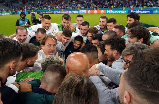 La serena attesa di Italia-Spagna a
