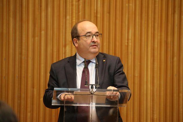El ministro de Política Territorial y Función Pública, Miquel Iceta, interviene en la jornada en el Congreso...