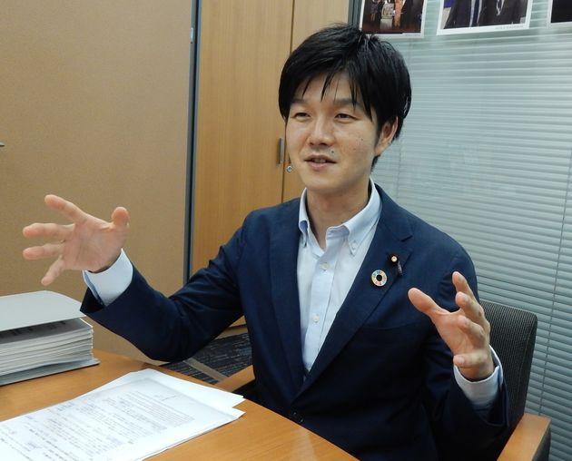 自民党の鈴木憲和衆院議員(山形2区、3期目)=東京都千代田区
