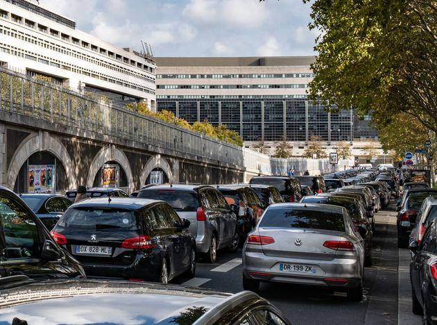 Une manifestation de VTC à Paris, le 12 octobre