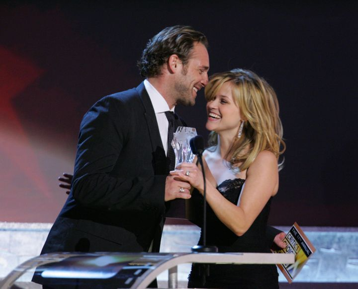 Josh Lucas (left) and Reese Witherspoon in 2006.