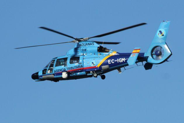 Eurocopter AS-365N Dauphin del Servicio de Vigilancia