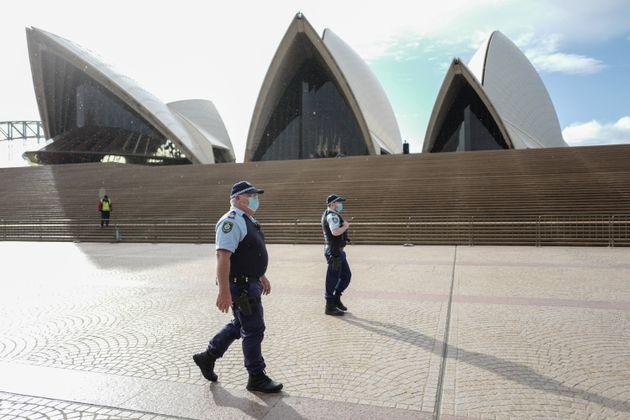 Αυστραλία: Η εξάπλωση του κορονοϊού επιδεινώνεται παρά το πολυήμερο