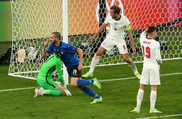 LONDON, ENGLAND - JULY 11: Leonardo Bonucci of Italy celebrates after scoring their team's first goal during the UEFA Euro 2020 Championship Final between Italy and England at Wembley Stadium on July 11, 2021 in London, England. (Photo by Alex Morton - UEFA/UEFA via Getty Images)