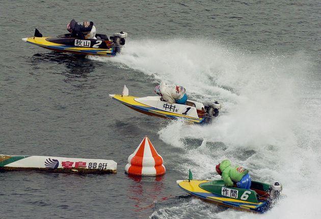 ボートレース「新鋭王座決定戦」の模様=広島・大野町の宮島競艇場で2005年01月30日撮影