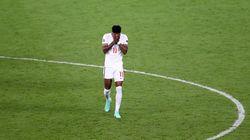 Insultos racistas contra los jugadores de Inglaterra que fallaron los penaltis en la final de la