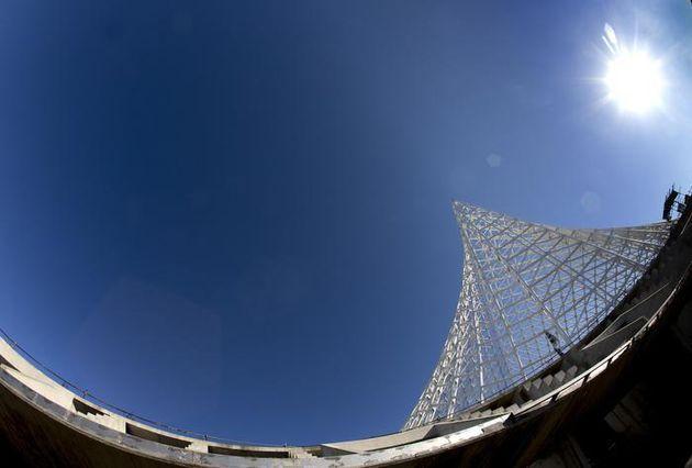 Una veduta del cantiere delle Vele di Calatrava nel quartiere Tor Vergata,