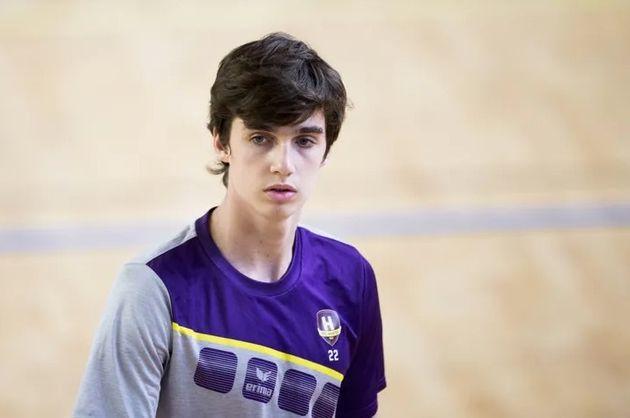 Pablo Urdangarin en un partido de balonmano (foto de