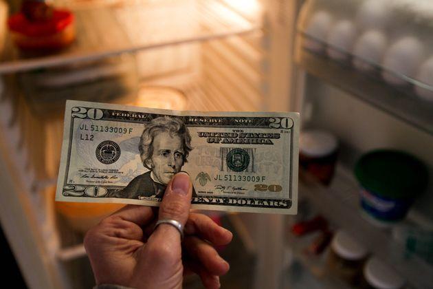 Οι 10 χώρες στον κόσμο με την πιο μακρά ιστορία ύφεσης από το