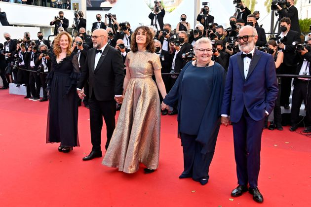 Festival de Cannes 2021: Valérie Lemercier fait honneur à Céline