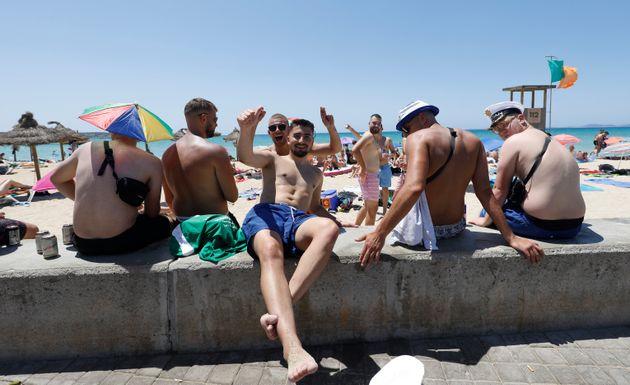 Reino Unido da marcha atrás en solo tres semanas y retira a Baleares como destino turístico
