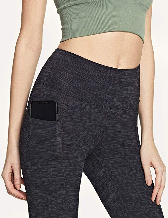 Thousands of people swear by this pair of $ 13 yoga pants