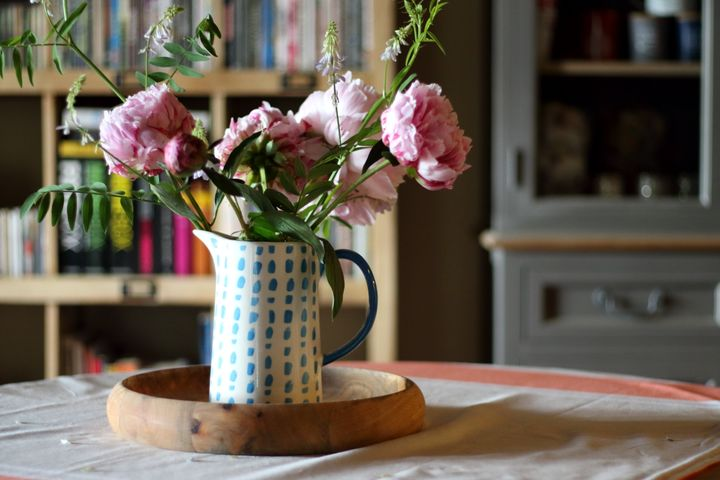 There are steps you can take to keep your flowers fresh for longer.