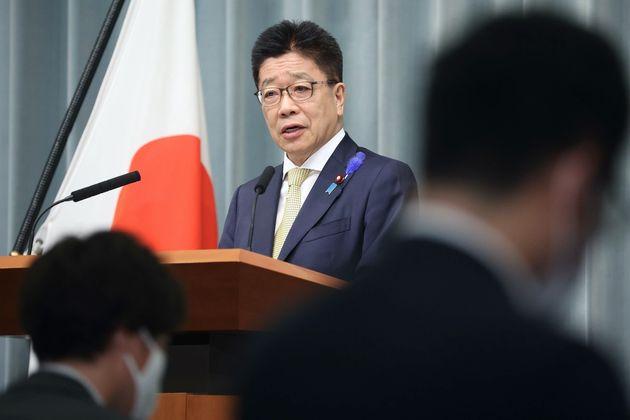 記者会見する加藤勝信官房長官=7月12日、首相官邸