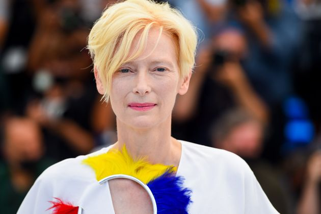 Tilda Swinton, ici à Cannes le vendredi 16 juillet, assure que ses trois épagneuls sont...