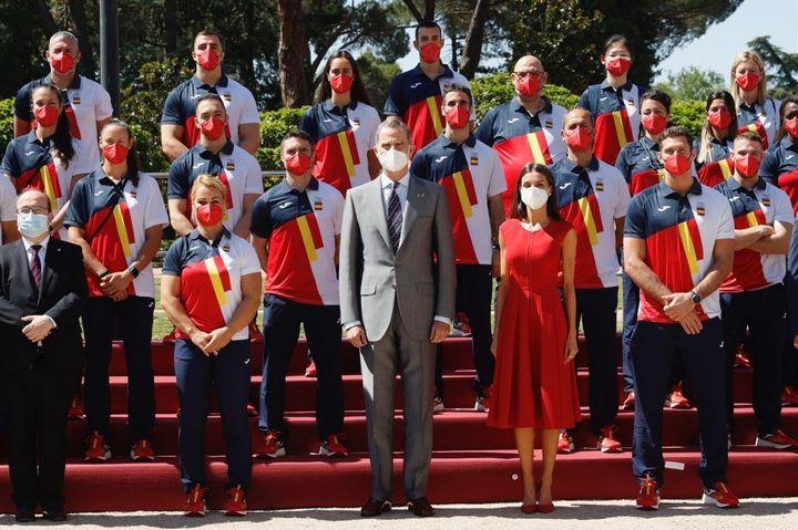 Felipe y Letizia despiden al equipo olímpico español antes de poner rumbo a Tokio.