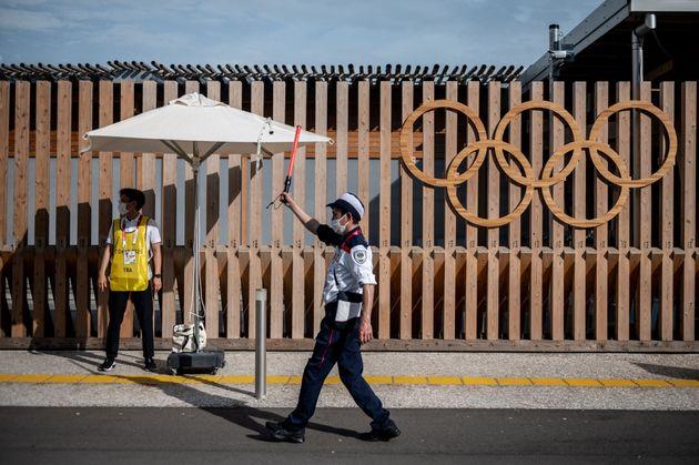 Un premier cas de Covid-19 a été détecté au village olympique de Tokyo,...