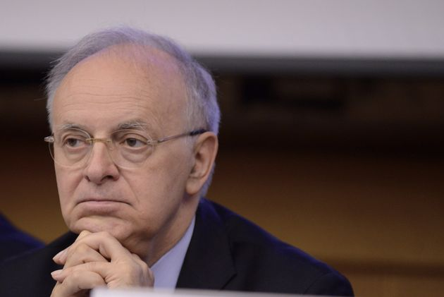 ROME, ITALY - MAY 31: President of the Second Criminal Court of the Supreme Court of Cassation Piercamillo Davigo partecipates at the Conference of the Five Star Movement on Justice: Issues and Visions of Justice- Reform Prospects, on May 31, 2017 in Rome, Italy. (Photo by Simona Granati - Corbis/Corbis via Getty Images)