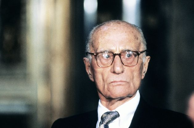 Italian journalist and writer Indro Montanelli (1909 - 2001), Milan, 7th December 1997. (Photo by Leonardo Cendamo/Getty Images)
