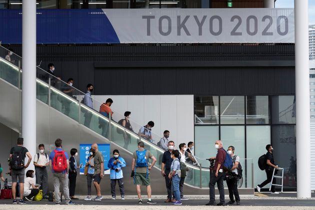 Ολυμπιακοί Αγώνες: Στα 71 ανέβηκαν τα κρούσματα τρεις ημέρες πριν την τελετή