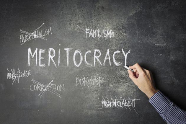 Meritocrazia, conoscenza, pari opportunità contro degrado e disagio