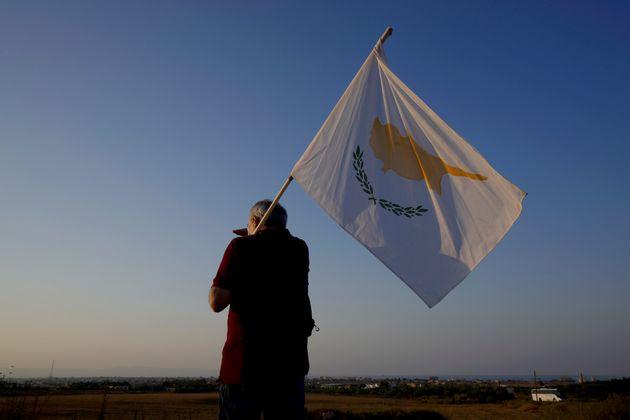 Κύπρος: Η «μητέρα των διπλωματικών μαχών» - Προπαγάνδα διχοτόμησης με υπογραφή