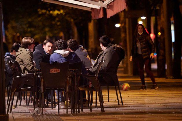 Una terraza en Pamplona, el pasado mes de