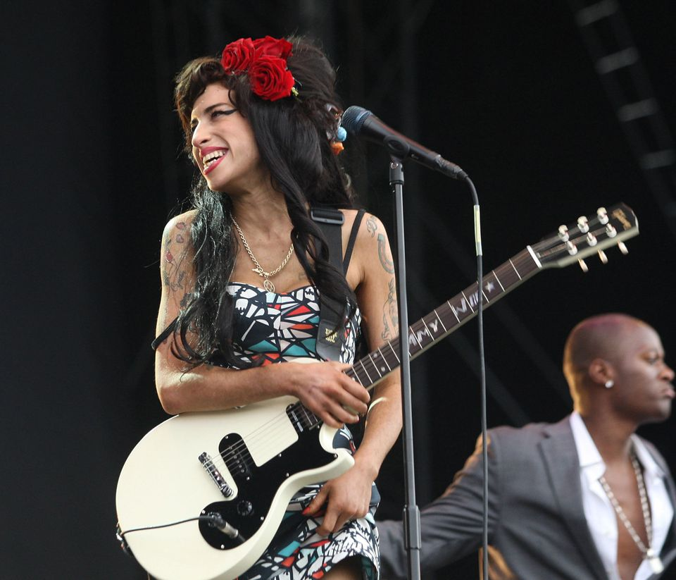 30 Stunning Amy Winehouse Photos To Remind Us What An Icon She Truly