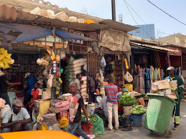 五箇野人さんがひとり旅で訪れたセネガルの市場