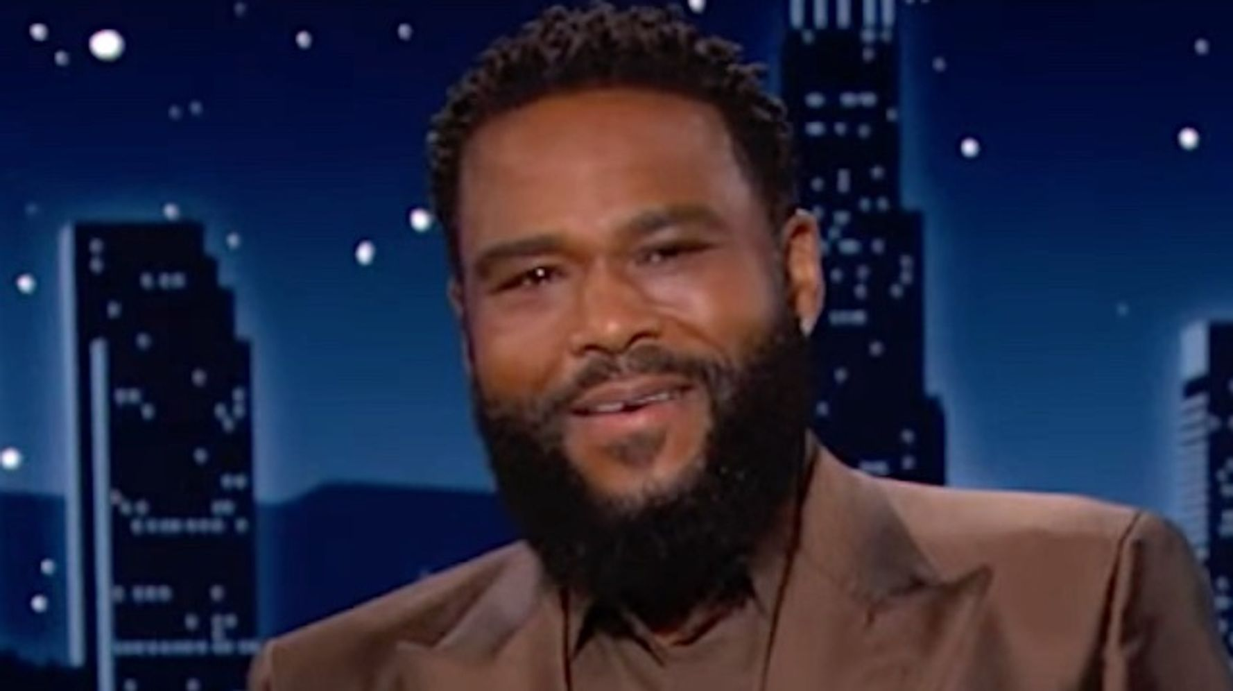 Anthony Anderson Spots The Moment Tom Brady Ticked Off Donald Trump