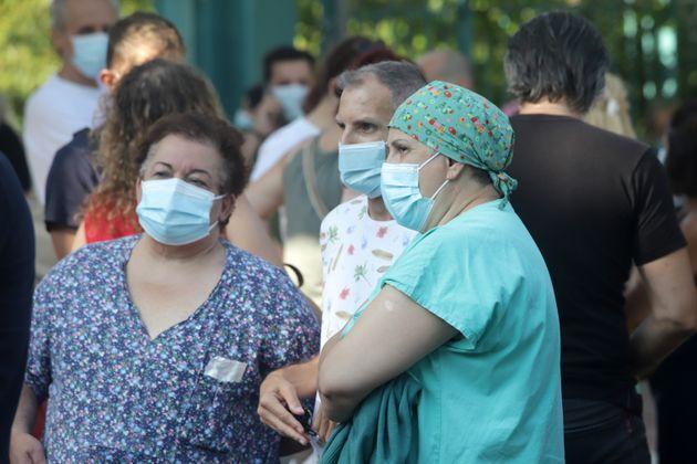 Θεσσαλονίκη: Διαμαρτυρία υγειονομικών κατά της υποχρεωτικότητας του