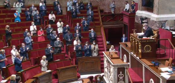 L'hommage de l'Assemblée à Brigitte Ferrat, emblématique collaboratrice causementaire décédée