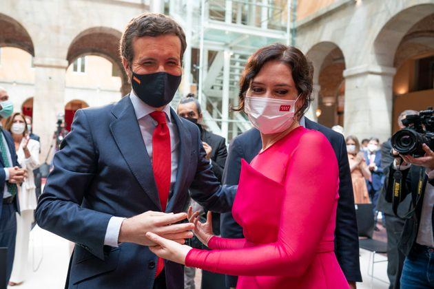 Casado y Ayuso, en la toma de posesión de la presidenta