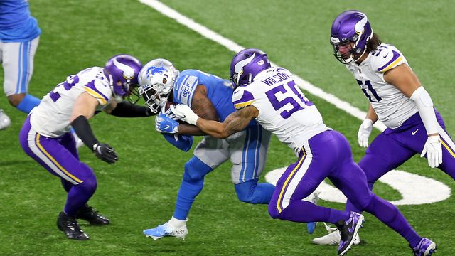 NFL: Teams With COVID-19 Outbreaks Among Unvaccinated Players Could Forfeit Games.jpg