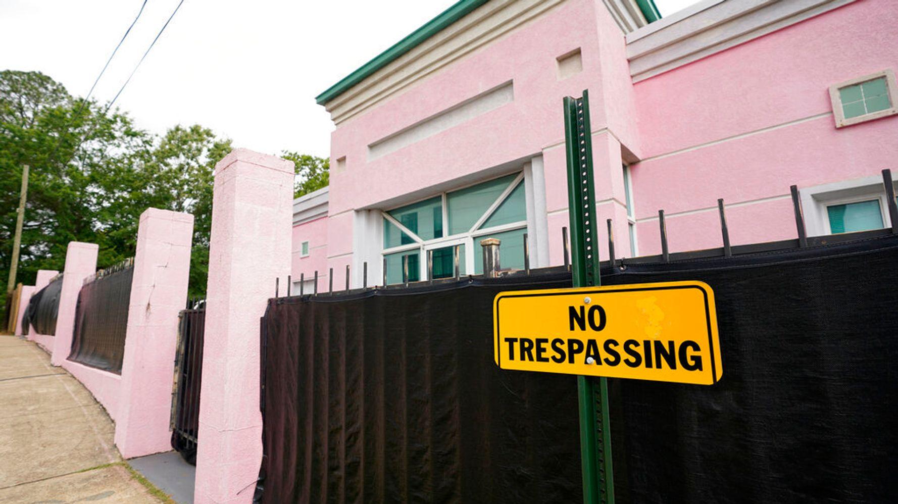 Mississippi Argues Supreme Court Should Overturn Roe V. Wade