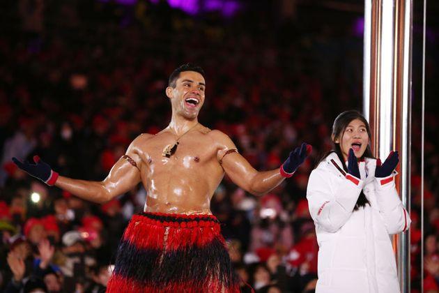 Pia Taufatofua en los Juegos Olímpicos de Invierno de Pieonchang