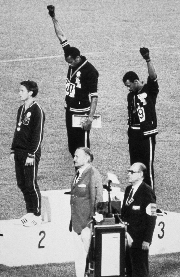 1968年のメキシコシティ五輪のブラック・パワー・サリュート