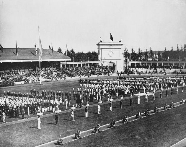 Ολυμπιακοί Αγώνες: Κι όμως, δεν είναι η πρώτη φορά που γίνονται εν μέσω